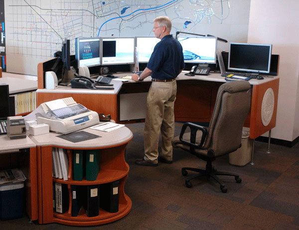 Large dispatch workstations require a much sturdier sit-stand system